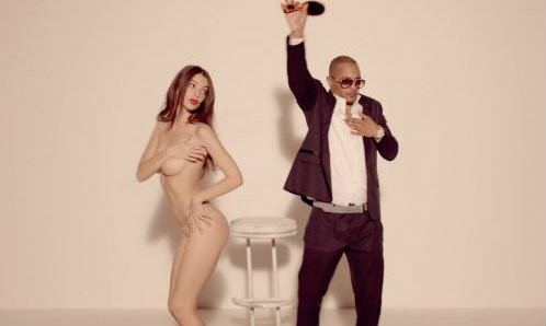 Robin Thicke Blurred Lines versione censurata