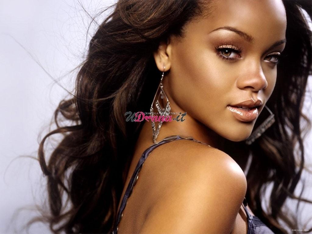 Stay Rihanna traduzione testo video ufficiale - Canzoni ...