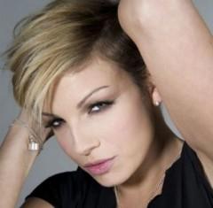 Emma Marrone lesbica