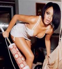 Stay la nuova canzone di Rihanna in classifica video