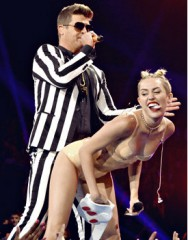 Miley Cyrus  Blurred lines VMA 2013