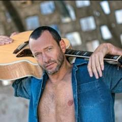 Cantanti italiani primi nelle classifiche di vendita del 2012
